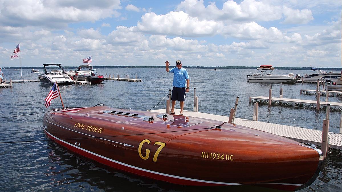 home-slider-antique-boat